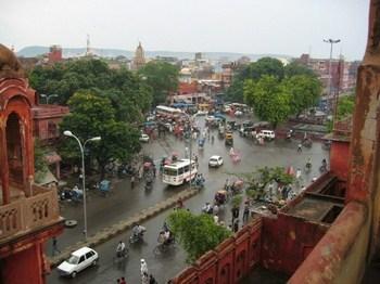 hindi1.jpg